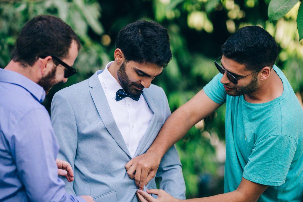 הכנות אחרונות של החתן
