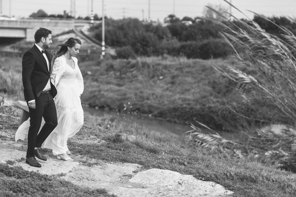 יעל וטל המקסימים צועדים בצילומי החוץ בנחל אלכסנדר