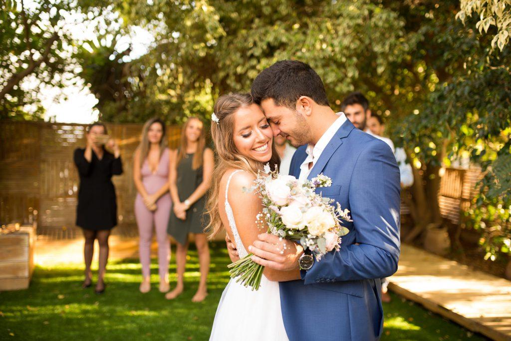 רגע מהמפגש המיוחד של אמיר וחן בחתונה שלהם