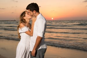 3 סיבות למה אסור לכם לוותר על צילומי זוגיות לפני החתונה?