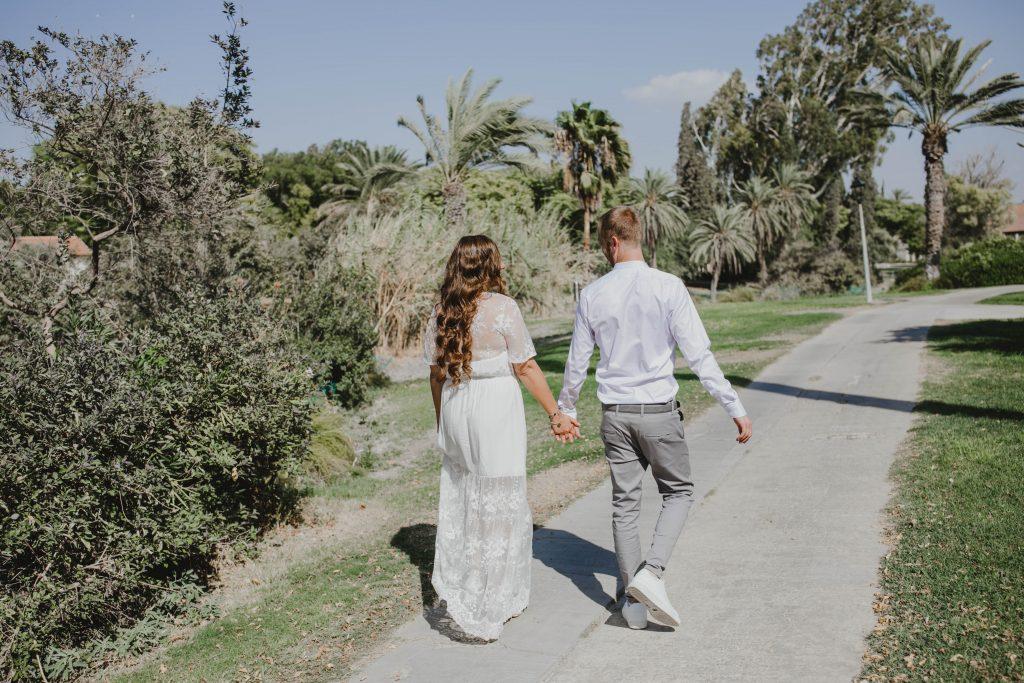 צילום חתונות בצפון צועדים בקיבוץ ניר דוד