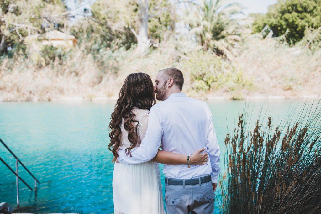צילום חתונות בצפון לירז וג'ניה ברגע מרגש מהצילומי זוגיות