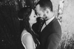 כל מה שחשוב לבדוק לפני שסוגרים צלם לחתונה בשרון